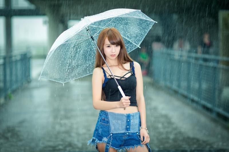 雨と女の子